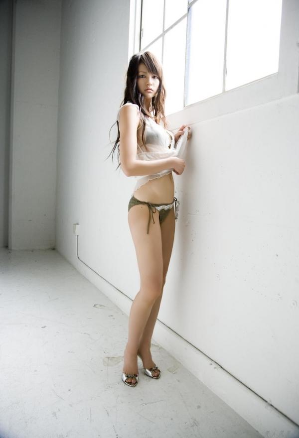 グラビアアイドル 白鳥百合子|触りたくなる女体!水着セクシー画像60枚 アイコラ ヌード おっぱい お尻 エロ画像a060a.jpg