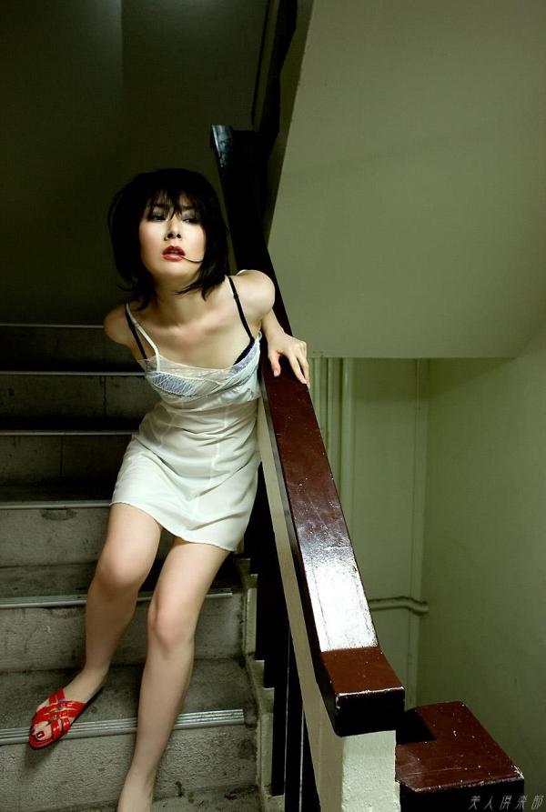 女優 遠野なぎこ 映画TVで活躍。熟女のセクシー画像55枚 アイコラ ヌード おっぱい お尻 エロ画像040a.jpg