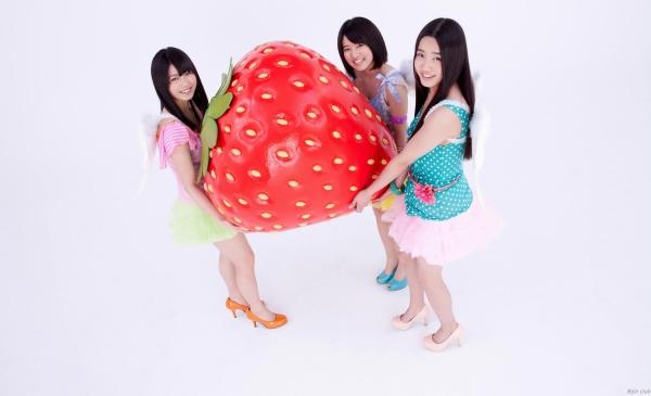 アイドル AKB48 横山由依 皆と一緒の高画質な水着画像など65枚 アイコラ ヌード おっぱい お尻 エロ画像a017a.jpg
