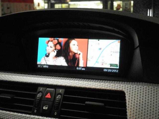 純正ナビを見ながらDVDを観れる2画面機能対応