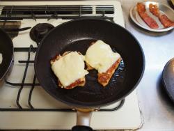 親子ステーキチキンチーズ月12