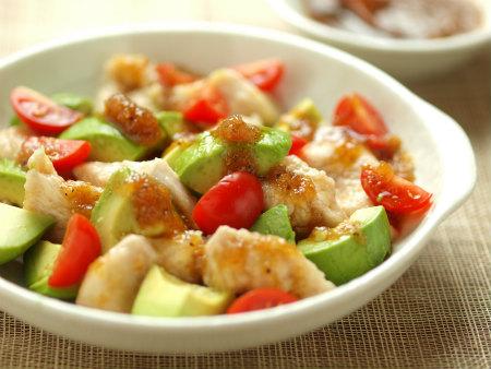 鶏むね肉とアボカドのサラダ風25