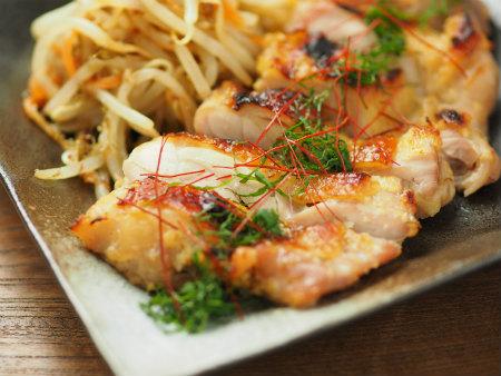 鶏もも肉のにんにく味噌焼き40