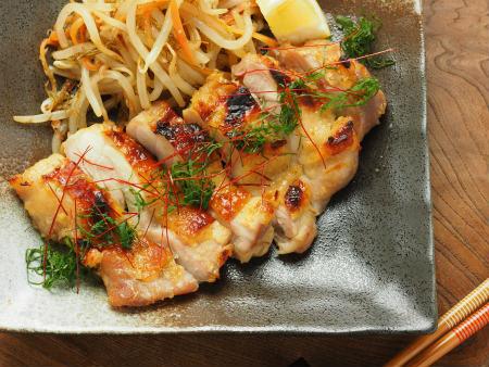 鶏もも肉のにんにく味噌焼き27