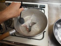 ボラのあら煮魚卵煮付け54