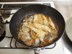 ボラのあら煮魚卵煮付け71
