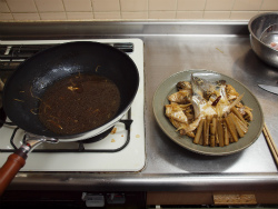 ボラのあら煮魚卵煮付け72