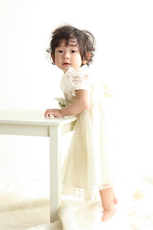 秋田のベビーフォト スタジオ撮影 1歳 ミコちゃん