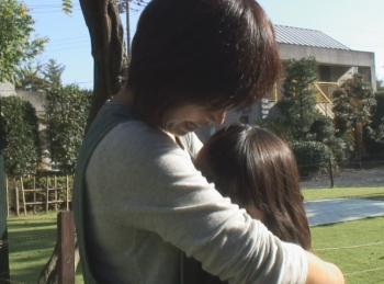 tonaru-hito_main_convert_20120813071952.jpg