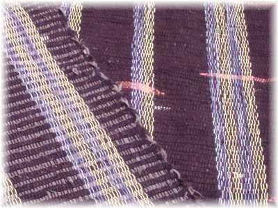 紫の織り布