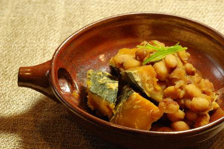 南瓜とトラ豆の煮物8