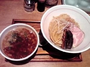 麺と心 7 秋刀魚白湯つけ麺