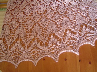 Fragaria shawl2