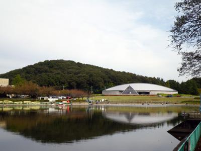 鹿ノ川沼と文化資料館