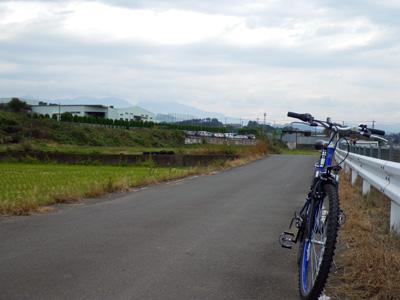 西コースの農道と赤城山