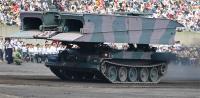 90式戦車の重量に対応。