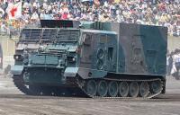 155mmりゅう弾砲専用の給弾氏車両