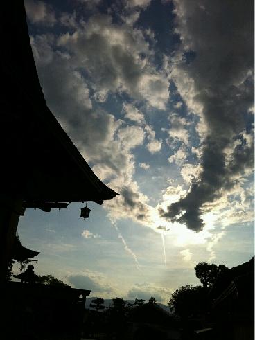 20120912伏見稲荷の空