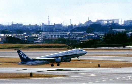 19940130伊丹空港635-1_?