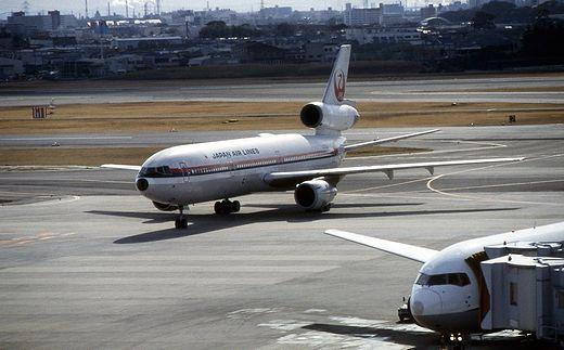 19940130伊丹空港640-1_DC10