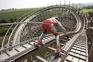 09_coasterskating.jpg