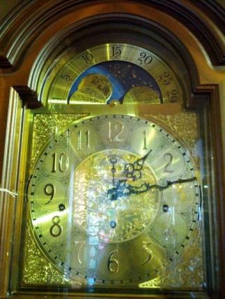 豪華な時計