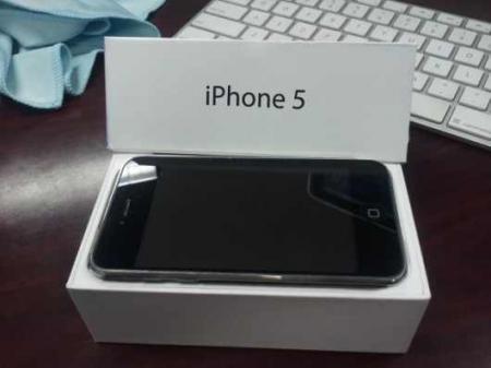 iphone-5-unboxing-video_convert_20121016171713.jpg