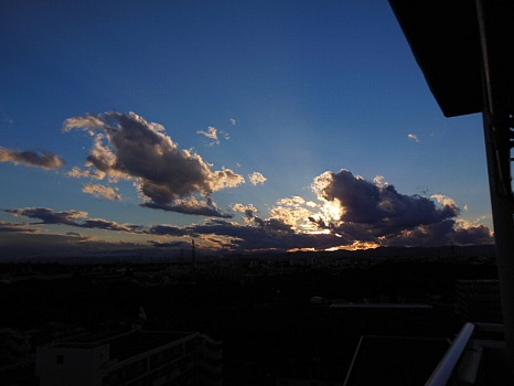夕方の黒雲B