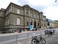 ベルン現代美術館