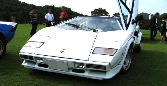 ランボルギーニLP400