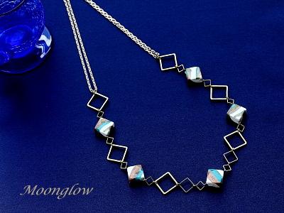 スクエアベネチアンガラスのネックレス