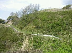 奥日立スライダー斜面
