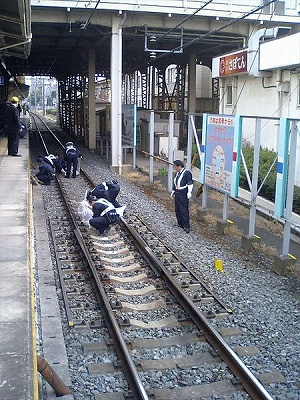 suisaide_train1205_01.jpg