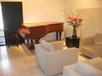 キメラ 1階ピアノ