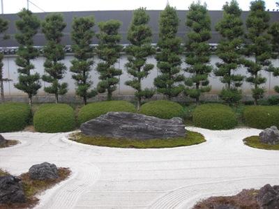 妙蓮寺 十六羅漢石庭3
