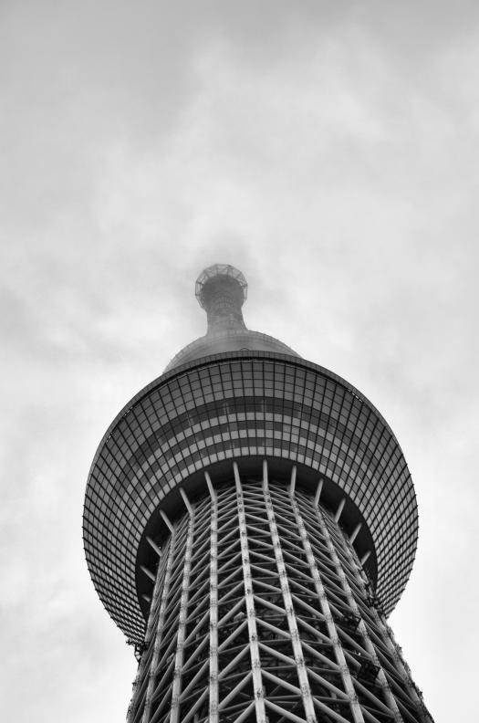 Skytree+monochrome_convert_20120909195305.jpg