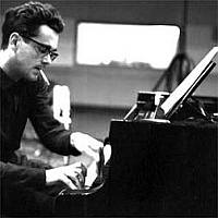 MichelLegrand_piano.jpg