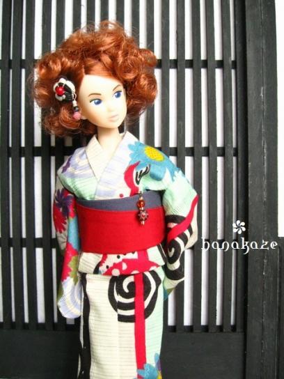 momoko256-07.jpg