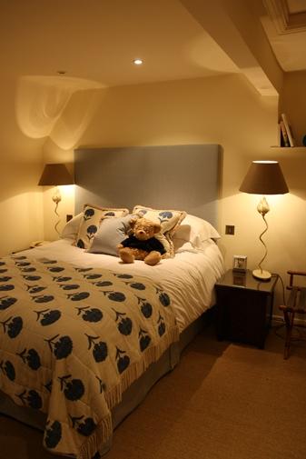 バイブリー スワンホテル コテージの寝室