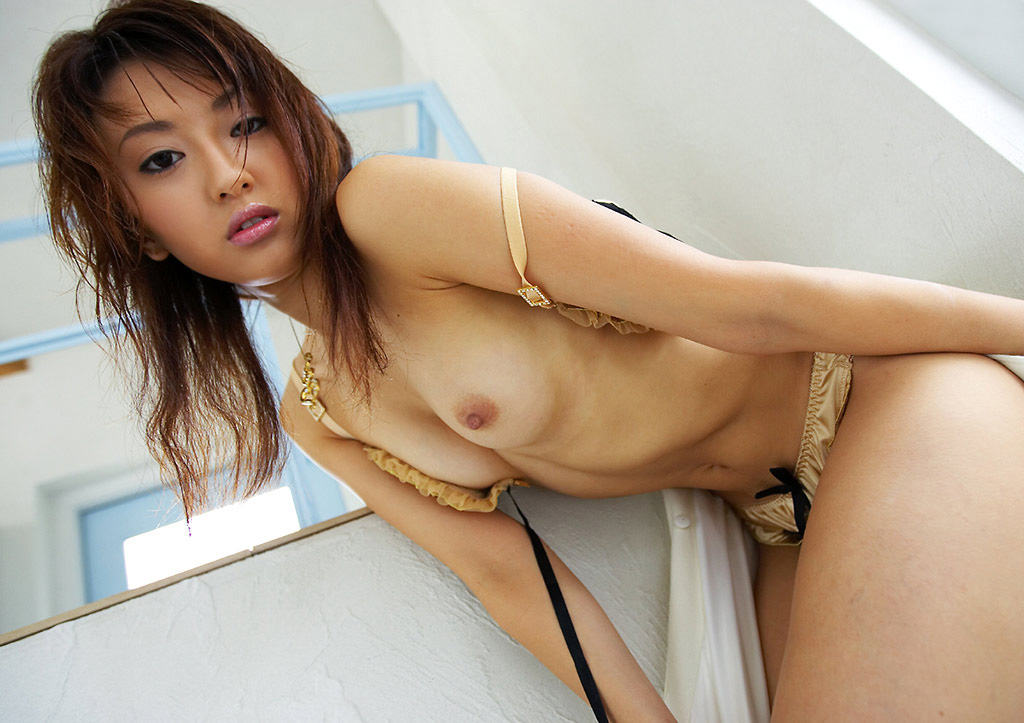 【No.12670】 おっぱい / 篠崎ミサ