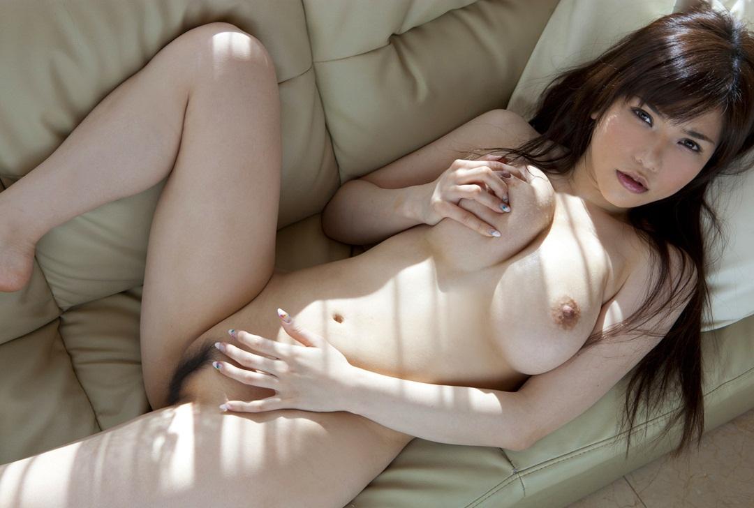 沖田杏梨のグラビア写真