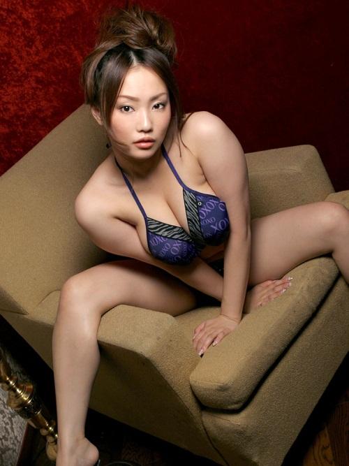 【No.3664】 ポーズ / 相内リカ