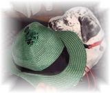 hanna&broken hat1