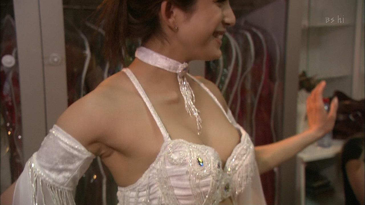 NHK「上原多香子 トルコベリーダンスの心にふれる」で上原多香子が乳輪ポロリ