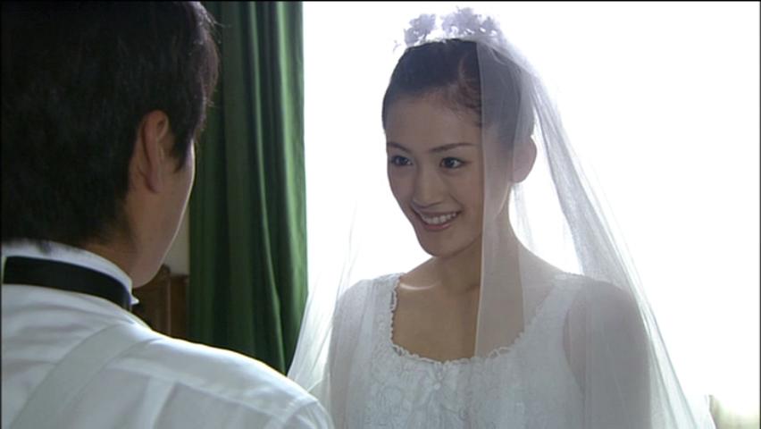 ドラマ「世界の中心で愛をさけぶ」の綾瀬はるか
