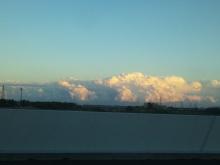 そして日々は続く-雲