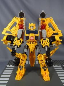 TF CONSTRUCT-BOTS TRIPLE CHANGER SERIES BUMBLEBEE033