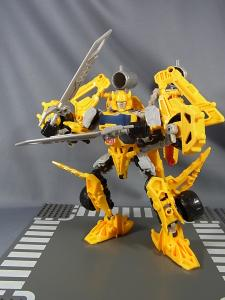 TF CONSTRUCT-BOTS TRIPLE CHANGER SERIES BUMBLEBEE036