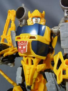 TF CONSTRUCT-BOTS TRIPLE CHANGER SERIES BUMBLEBEE040