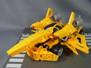 TF CONSTRUCT-BOTS TRIPLE CHANGER SERIES BUMBLEBEE042